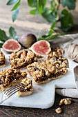 Fig bars with oats and nuts