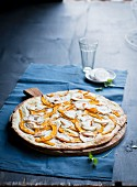 Flatbread with pumpkin and goat's cheese