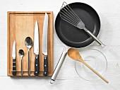 Kitchen utensils for the preparation of a steak sandwich