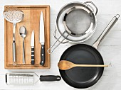 Kitchen utensils for the preparation of pasta with vegetables