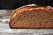 Frisch angeschnittenes Brot