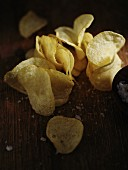 Potato crisps with sea salt