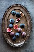 Fresh figs on a metal tray