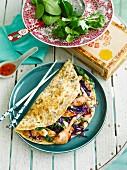 Koriander-Omelett mit Sweet Chilli Huhn und Gemüse