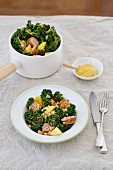 Kale with peas, potatoes and mustard
