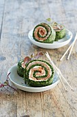 Spinach roulade with salmon and fresh cheese