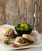 Lamb burgers with onions and mustard sauce