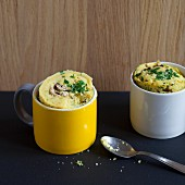 Savoury mug cakes with mushrooms, shallots and chives
