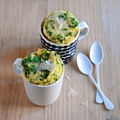 Savoury mug cakes with rocket and parmesan
