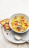 Fischsuppe mit Safran und Fenchel