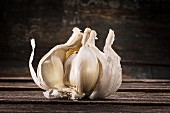 Garlic bulb, torn open