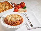 Rigatoni with tomato sauce and cheese