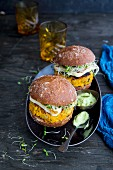 Veggie burgers with sweet potato and avocado mayonnaise