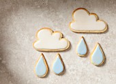 April: Cloud and raindrop cookies