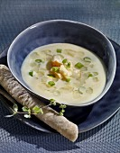 Potato and leek soup with cheese