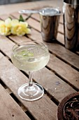 A sparkling spring cocktail with lime