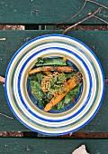 Curry-Buchweizen mit Portobello-Pilzen und geschmortem Gemüse