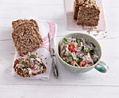 Tuna salad with plum tomatoes and capers