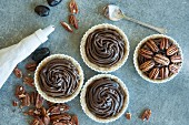 No-bake chocolate and pecan tart (seen from above)