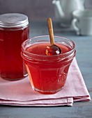 Rhubarb jelly with vanilla and lemon