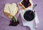 Elderberry preserve with pear