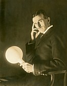 Nikola Tesla, Serb-US physicist