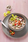 Spicy muesli with vegetables and cottage cheese