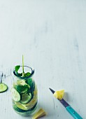 Flavoured water with pineapple, cucumber and mint