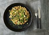 Grüne Zucchini-Avocado-Frittata