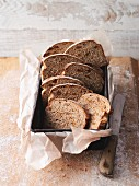 Fig bread with almonds and cinnamon