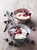 Porridge with blueberry compote