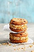 Quick and easy vanilla ice cream cookie sandwiches