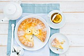 Ricotta crostata with orange tea