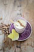 Ananas-Erdmandel-Smoothie