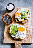 Toast with avocado, fried eggs and chia seeds