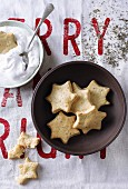 Spicy star biscuits with parmesan and thyme