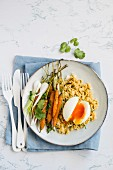 Cous cous with eggs and carrots