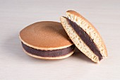 Dorayaki (cakes sweetened with a bean cream filling, Japan)