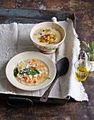 Italian-style bean soup with crispy potatoes