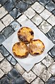 Pastel de Nata (Portuguese custard tarts)