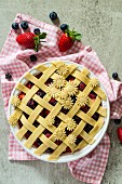Berry pie, unbaked