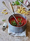 Quick tomato sauce