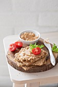 Crispbread with vegan spread