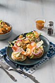 Ricotta tartlets with fresh vegetable strips