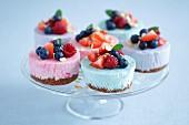 Mini cheesecakes with white chocolate