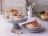 Camembert and fig quiches