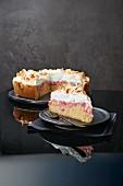 Rhubarb cake with meringue