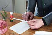 Papierstern aus Butterbrottueten basteln