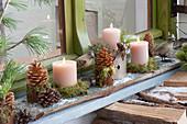 Kleine Advent und Winterdeko vorm Fenster :