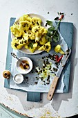 Spicy cauliflower with turmeric and sesame oil